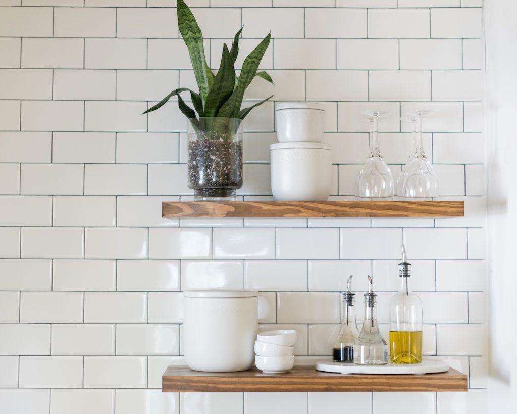 floating kitchen shelves t20 px086k 1024x819